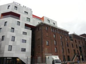 Découvrez Molenbeek à travers ses bâtiments durables et exemplaires / Ontdek de duurzame voorbeeldgebouwen van Sint-Jans-Molenbeek
